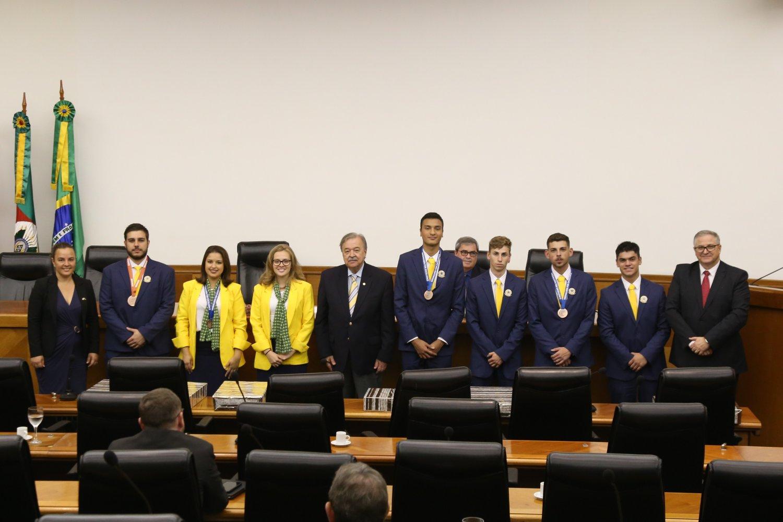 Competidores WorldSkills na Reunião de Diretorias FIERGS/CIERGS